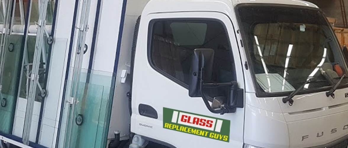 Glass-Replacement-Guys-Home-Slider-New-Truck-V1