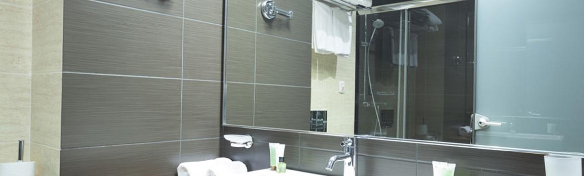 Unbreakable-Glass-Home-Slider-Mirror-2-V1